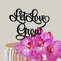 Let Love Grow Topper